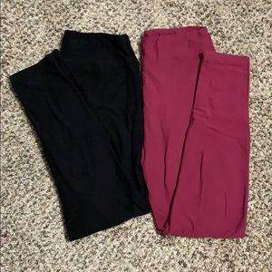 Lularoe Pair of Leggings